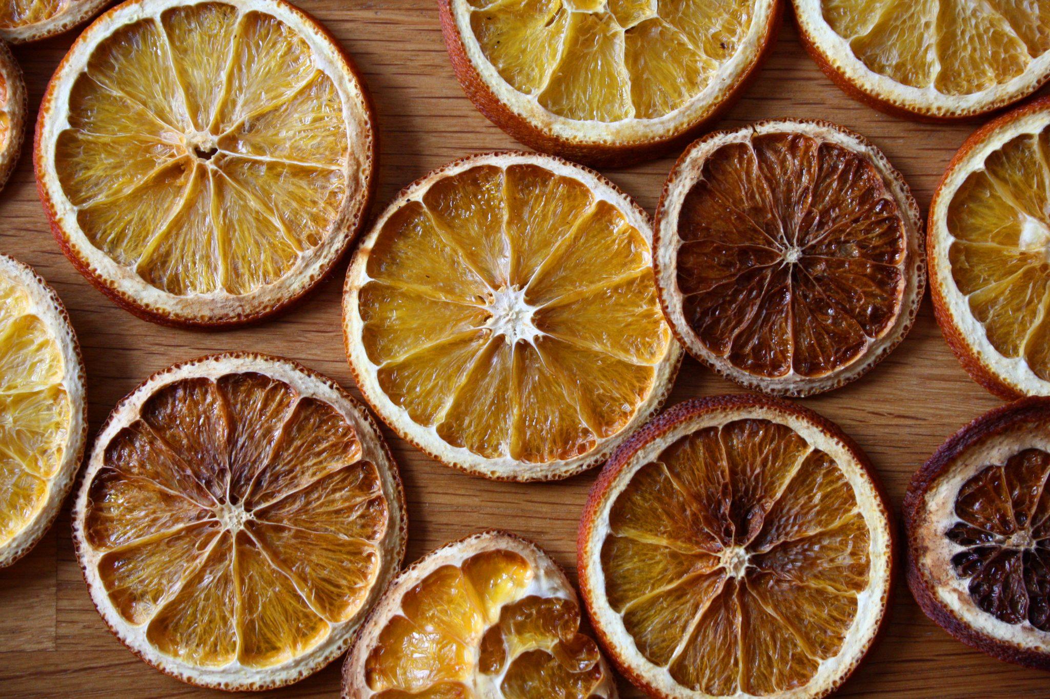 Festtagsgirlande aus Orangen und Cranberries 2